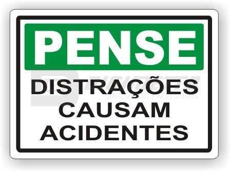 Placa: Distrações Causam Acidentes