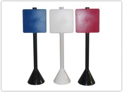 Pedestal em PVC para personalização